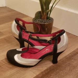 Jeffery Cambell Aile2 Anthropologie Mary Jane heel